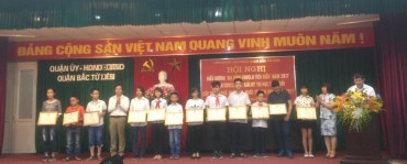 Quận Bắc Từ Liêm: Biểu dương 34 gia đình CNVCLĐ tiêu biểu năm 2017