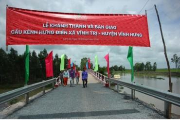 Long An: Khánh thành công trình cầu kênh Hưng Điền