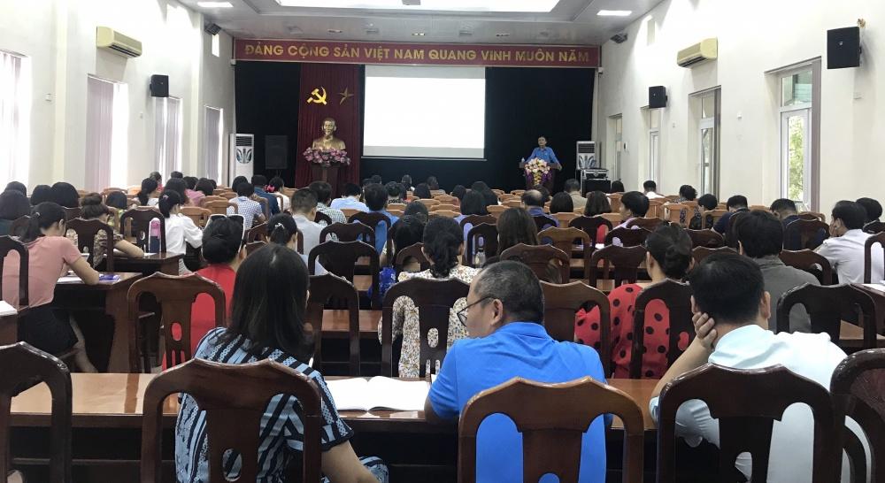 Quận Cầu Giấy: Hơn 300 cán bộ công đoàn tập huấn về Điều lệ Công đoàn Việt Nam khóa XII