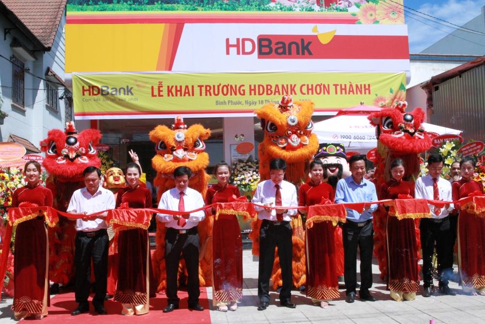 Khai trương HDBank Chơn Thành - điểm giao dịch thứ 4 tại Bình Phước