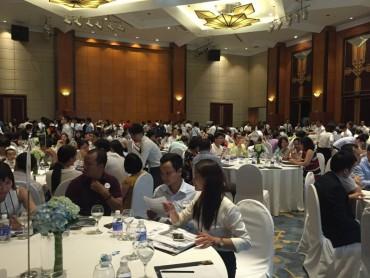 Hơn 400 khách hàng tham dự lễ mở bán dự án T&T Riverview