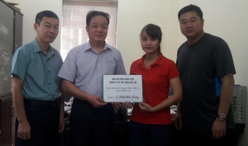 Nhiều tấm lòng hảo tâm đồng hành cùng báo Lao động Thủ đô ủng hộ miền Trung