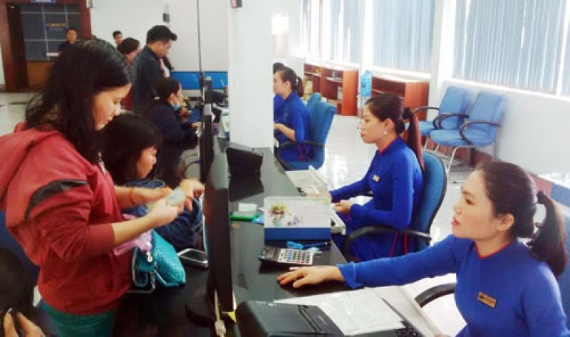 Ngành đường sắt còn tồn hơn 100.000 vé tàu Tết Đinh Dậu 2017