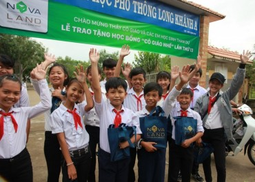 Quỹ từ thiện 'Cô giáo Nhế': 13 năm nâng bước em tới trường