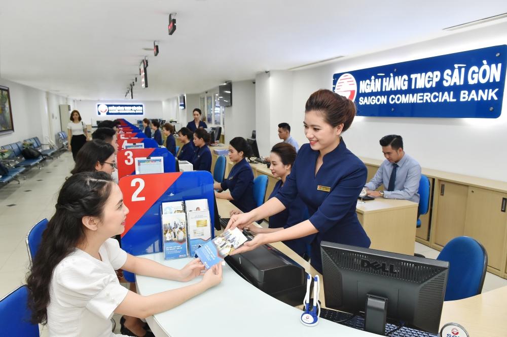 SCB tận dụng khả năng của mình hỗ trợ và cùng khách hàng vượt khó