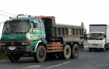 Hà Nội thí điểm hạn chế xe tải trên đường Thạch Bàn vào giờ cao điểm
