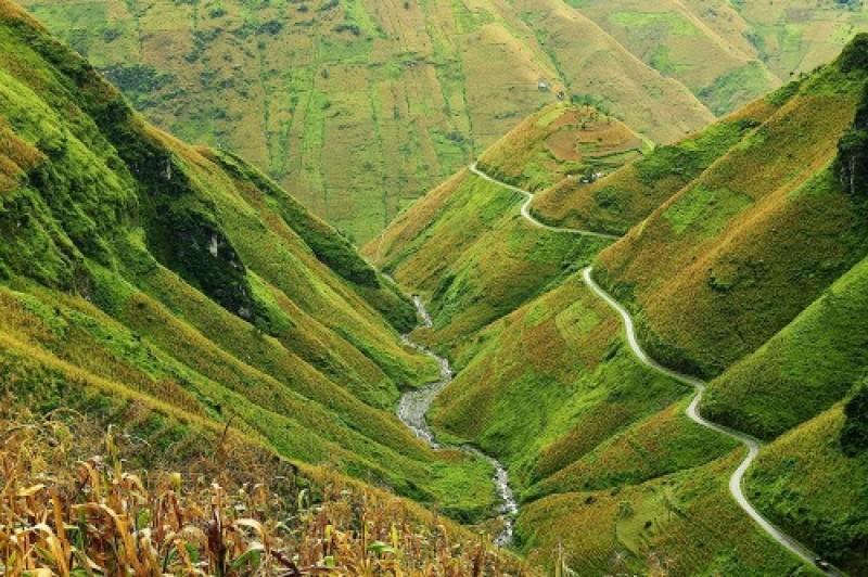 Hà Giang cần phát triển mạnh du lịch