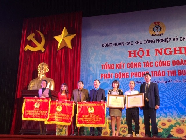 Công đoàn các KCN – CX Hà Nội nhận Cờ thi đua xuất sắc của Tổng LĐLĐ Việt Nam