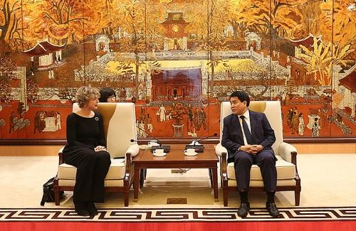 Chủ tịch UBND TP Nguyễn Đức Chung tiếp Đại sứ Hà Lan