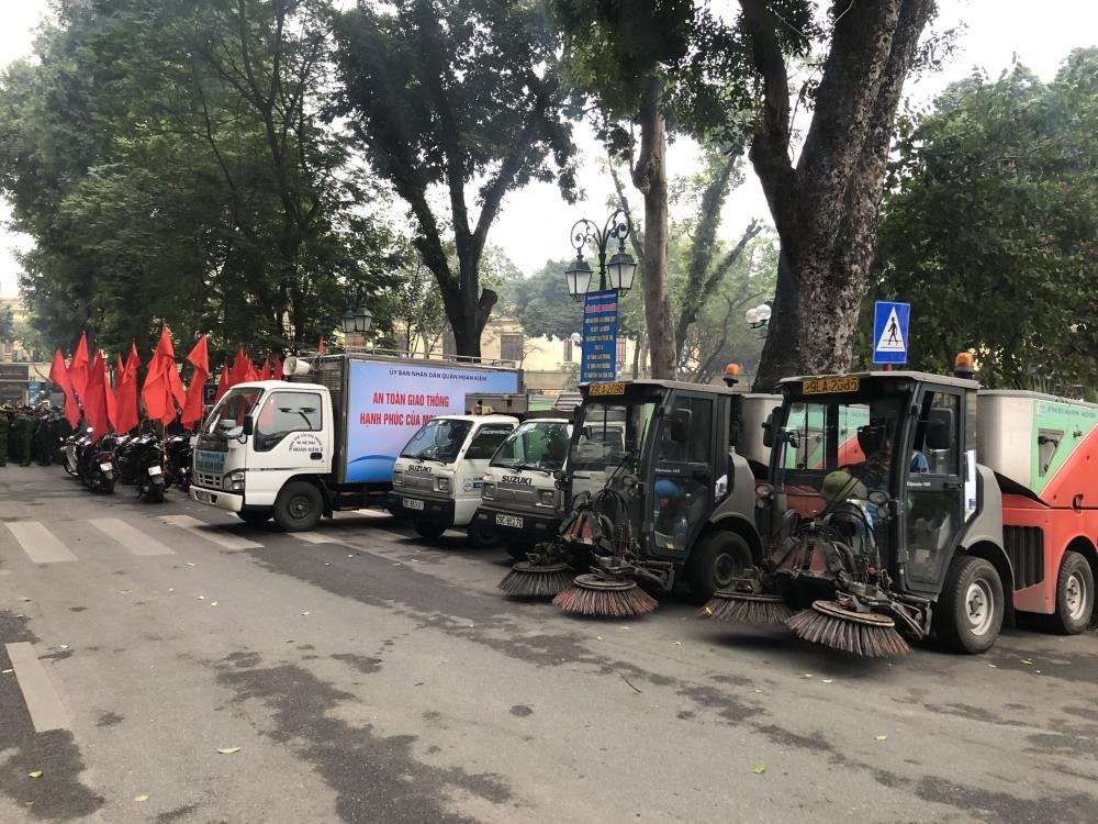 Quận Hoàn Kiếm ra quân bảo đảm trật tự đô thị, an toàn giao thông và vệ sinh môi trường
