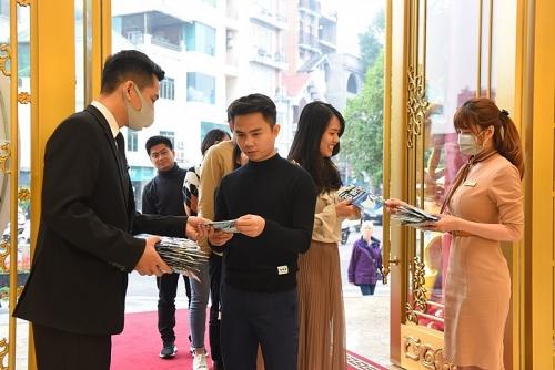 Ngày vía Thần tài mua vàng Doji được tặng khẩu trang cao cấp