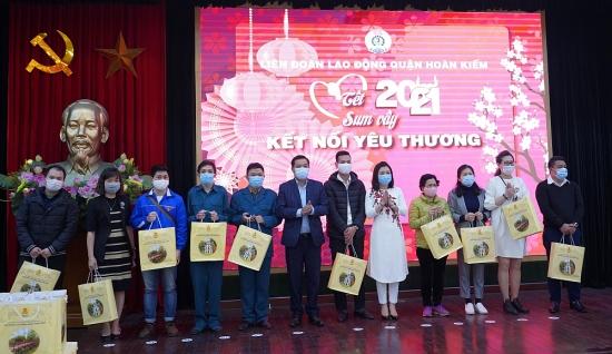 Liên đoàn Lao động quận Hoàn Kiếm: Đẩy mạnh chăm lo, bảo vệ quyền lợi chính đáng của người lao động