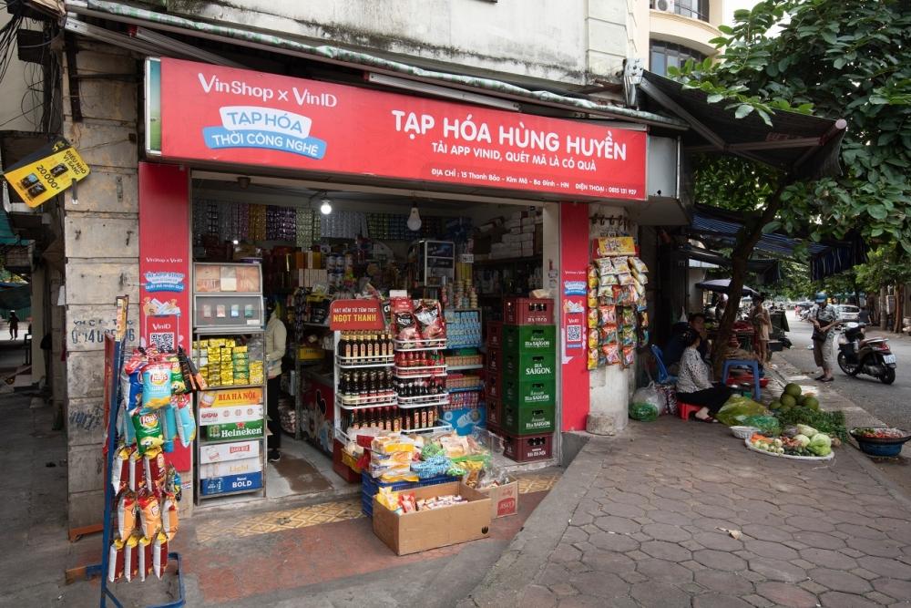 Giải pháp nào giúp chia sẻ khó khăn thiết thực cho chủ tiệm tạp hóa Việt?