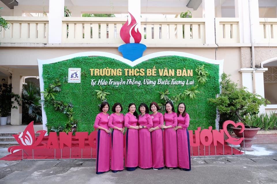 """Nữ công nhân, viên chức, lao động quận Đống Đa duyên dáng hưởng ứng """"Tuần lễ áo dài Việt Nam"""""""