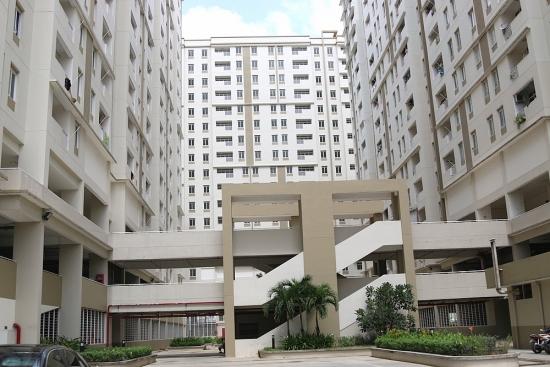 Kiểm tra an toàn lan can chung cư tại thành phố Hồ Chí Minh