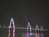 Hệ thống chiếu sáng mỹ thuật cầu Nhật Tân chính thức được vận hành