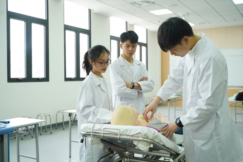 Vì sao khoa học sức khỏe là nghề nghiệp quan trọng cho tương lai?