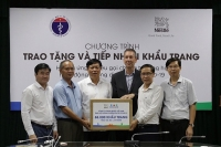 Nestlé Việt Nam tiếp tục ủng hộ Bộ Y tế 88.000 khẩu trang