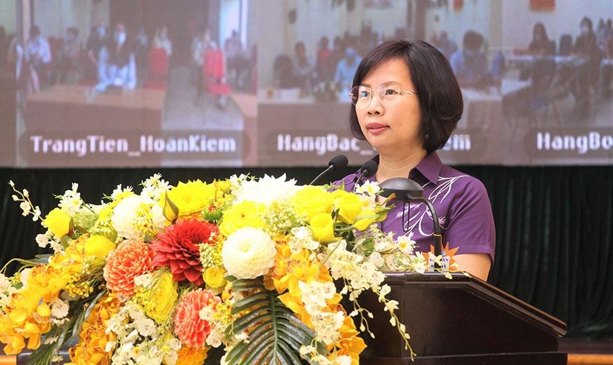 Người ứng cử đại biểu Quốc hội khóa XV tiếp xúc với cử tri quận Hoàn Kiếm