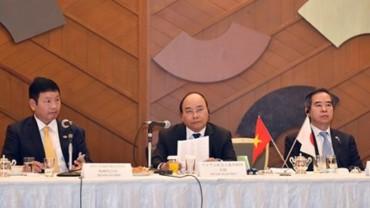 Thủ tướng Nguyễn Xuân Phúc tọa đàm với DN công nghệ thông tin Nhật Bản