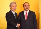 Thủ tướng đối thoại với các thành viên Liên đoàn Kinh tế Keidanren, Nhật Bản
