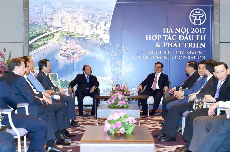 Thủ tướng biểu dương nỗ lực đồng hành cùng DN của lãnh đạo Hà Nội