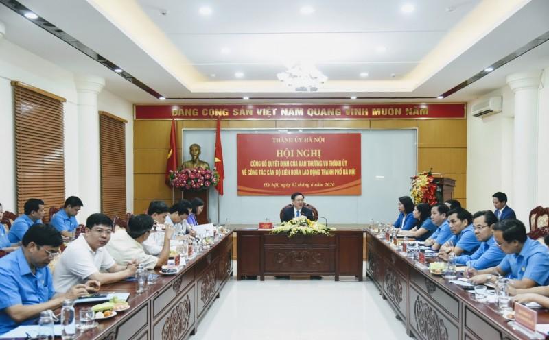Bí thư Thành uỷ Hà Nội Vương Đình Huệ làm việc với Liên đoàn lao động thành phố Hà Nội