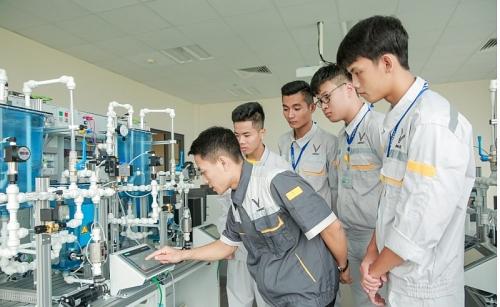 """Lần đầu tiên người trẻ Việt có cơ hội học nghề theo """"chuẩn"""" thế giới"""