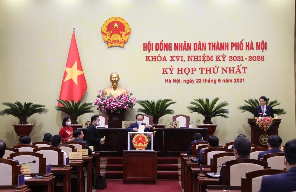 Đồng chí Nguyễn Ngọc Tuấn tiếp tục giữ chức Chủ tịch Hội đồng nhân dân thành phố Hà Nội