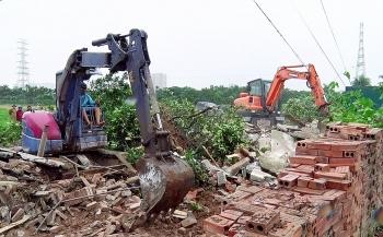 UBND Thành phố yêu cầu báo cáo kết quả giải quyết vi phạm xây dựng, đất đai tại quận Hà Đông, Tây Hồ