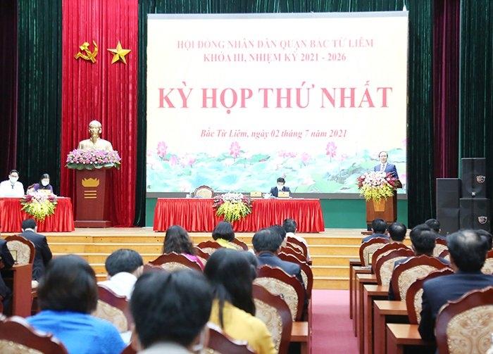 Chủ tịch Hội đồng nhân dân Thành phố Nguyễn Ngọc Tuấn dự kỳ họp thứ Nhất, Hội đồng nhân dân quận Bắc Từ Liêm khoá III