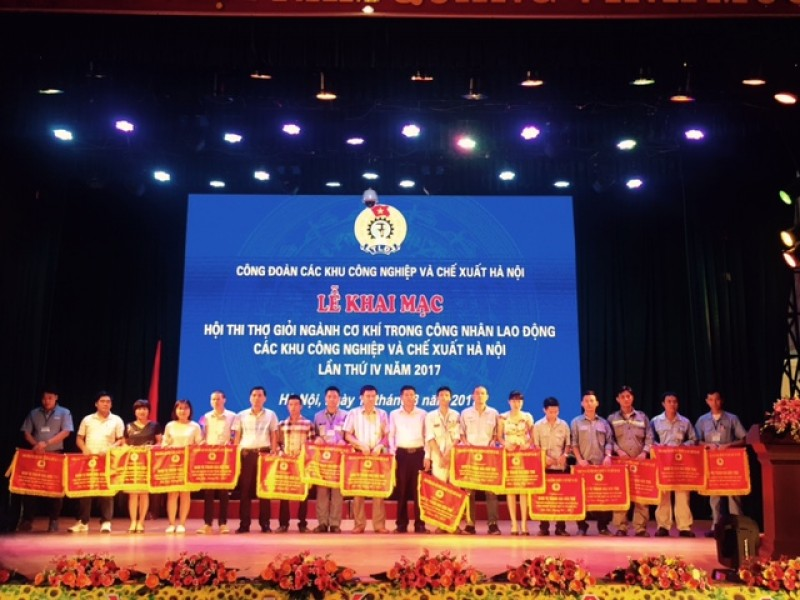 105 thi sinh tham gia hoi thi tho gioi nganh co khi nam 2017