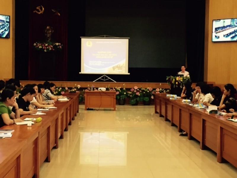 Tập huấn công tác tổ chức Đại hội Công đoàn cơ sở khối giáo dục