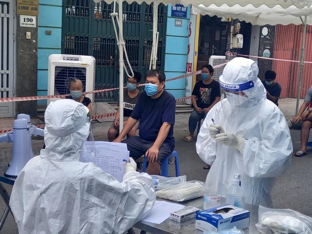 Quận Đống Đa thành lập vùng cách ly y tế tại 3 phường Văn Chương, Thổ Quan và Văn Miếu