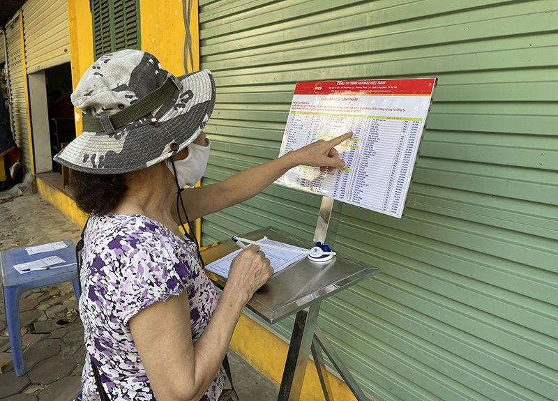 Quận Đống Đa: Điểm bán hàng lưu động đầu tiên được mở phục vụ người dân trên địa bàn