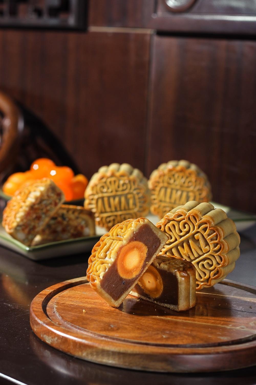Bánh trung thu của mùa trăng đặc biệt năm nay có gì hấp dẫn người dân Hà Thành?