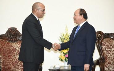 Thủ tướng Nguyễn Xuân Phúc tiếp Đại sứ Cuba