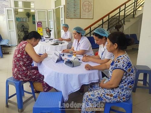 Chủ tịch Ủy ban nhân dân thành phố Hà Nội yêu cầu Công ty Rạng Đông khẩn trương di dời nhà máy