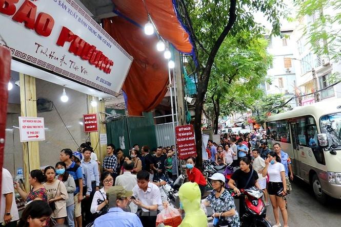 Bí kíp ngồi nhà mua bánh Trung thu Bảo Phương