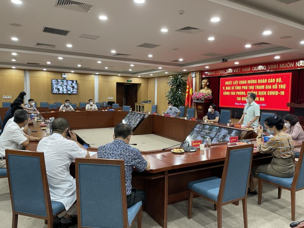 Gần 300 y, bác sĩ tỉnh Phú Thọ hỗ trợ quận Đống Đa chống dịch