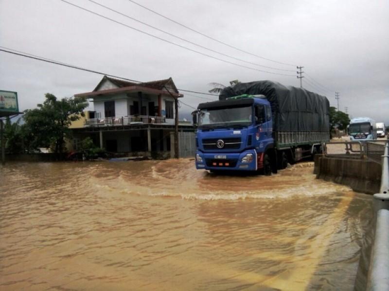 Miền Trung: 20 người chết, mất tích và bị thương do mưa lũ