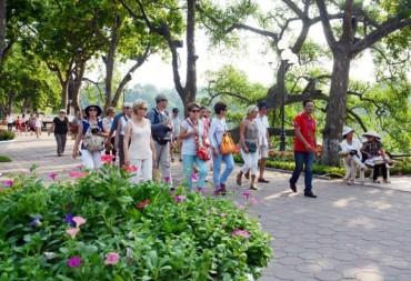 Phát triển du lịch đi đôi đảm bảo vệ sinh môi trường
