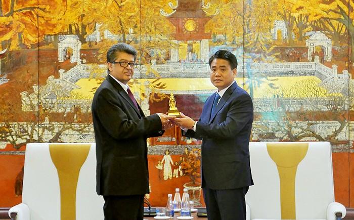 Lãnh đạo Thành phố Hà Nội tiếp các đoàn ngoại giao quốc tế