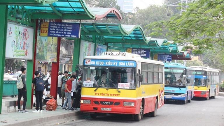 Tăng cường 2 tuyến xe buýt phục vụ cán bộ, công chức, viên chức làm việc tại Khu Liên cơ Võ Chí Công