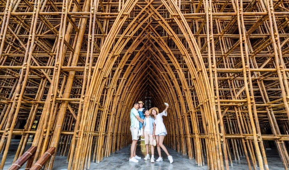 """Thế giới """"siêu thực"""" đợi bước chân khám phá tại Phú Quốc United Center"""