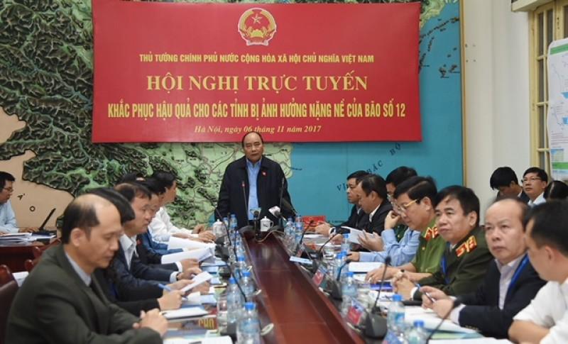 Thủ tướng yêu cầu cả hệ thống chính trị vào cuộc hỗ trợ đồng bào bị thiệt hại mưa lũ