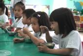 Giúp trẻ được tiếp cận nguồn dinh dưỡng đúng cách