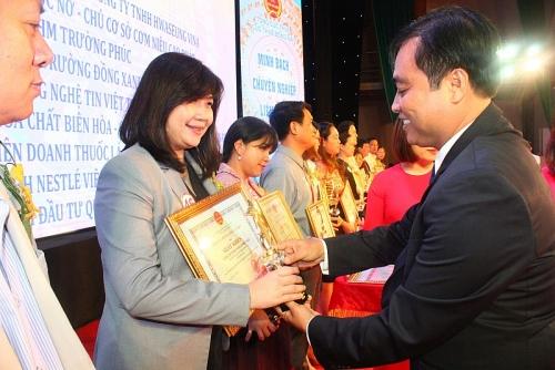 Nestlé Việt Nam nhận bằng khen của Tổng cục Thuế