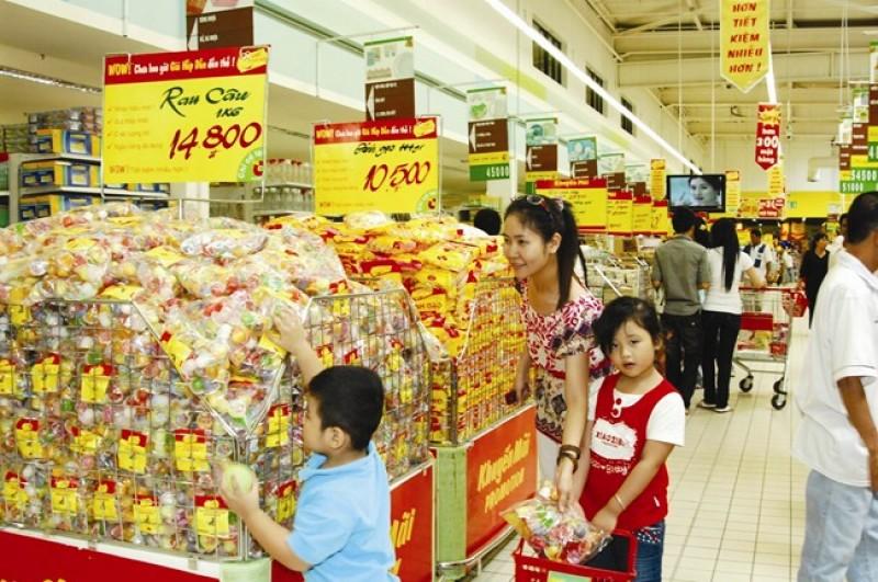 Thủ tướng yêu cầu bình ổn giá thị trường dịp Tết Đinh Dậu