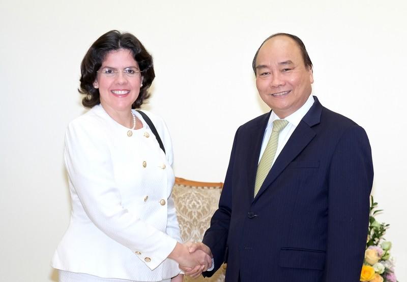 Thủ tướng tiếp Đại sứ Cuba tại Việt Nam